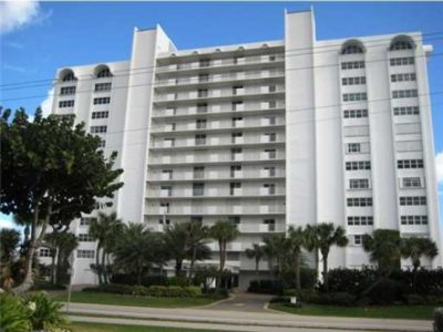 3000 South Condominium, Boca Raton